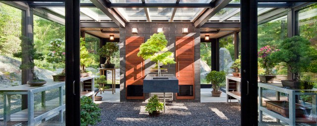 Glass House in the Garden Flavin Architects